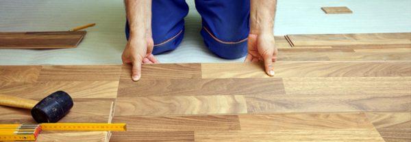 cara memasang parket kayu