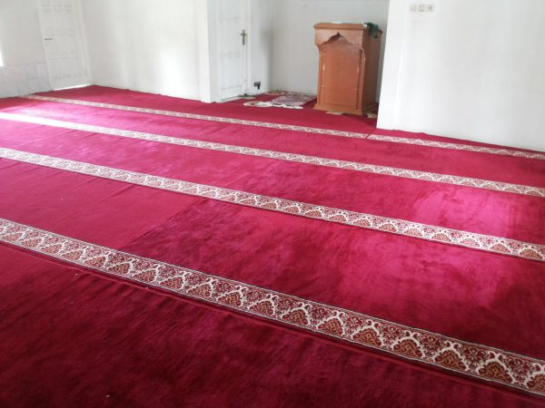 Tips Memasang Karpet Sajadah dari decorindo perkasa.com